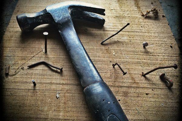 hammer-1629587_1920